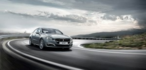 Peugeot_508_Saloon_distinctive_design