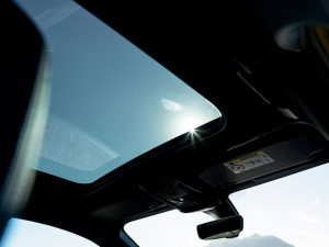 PANORAMIC-SUNROOF1